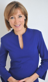 Official Sian Williams Blue Dress © Jeff Overs