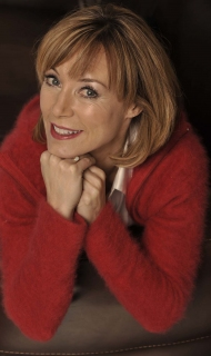 Official Sian Williams On Sofa © Philip Ide